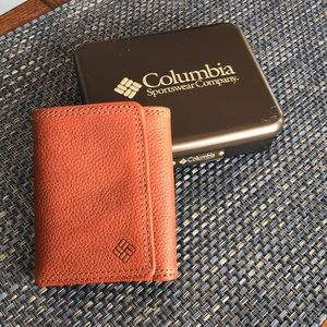 New Columbia Trifold Wallet